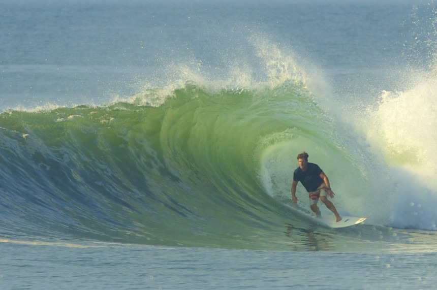 Chad Nelsen surfing