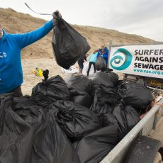 GRAB YOUR GLOVES FOR THE AUTUMN BEACH CLEAN 2016!