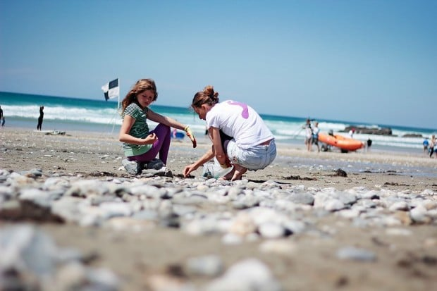 britain s beaches barefoot friendly surfers against sewage